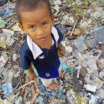 【カンボジア】ゴミ山地域の子供たちに、出張授業のボランティア。