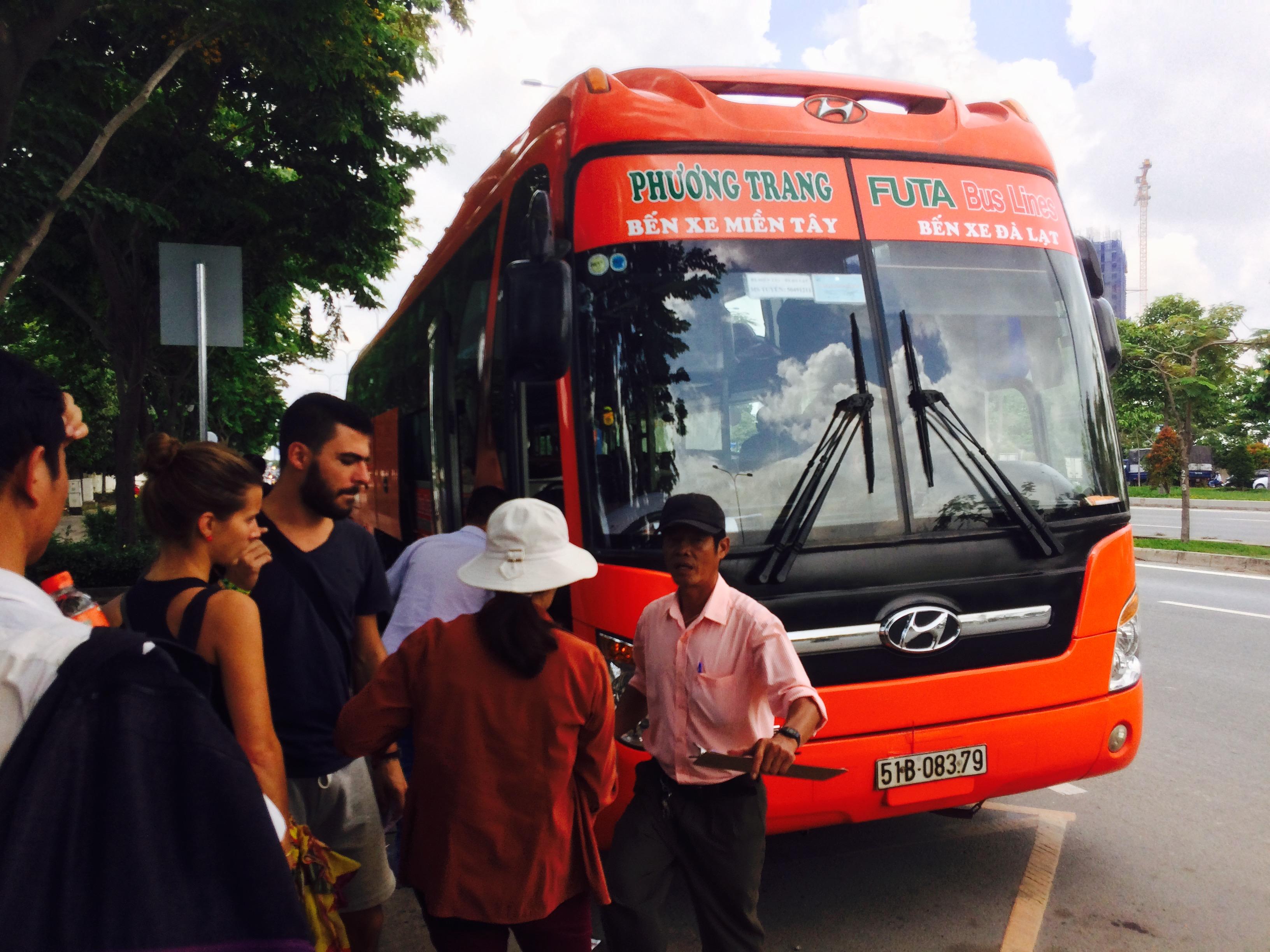 【ベトナム縦断】 ホーチミン発。オープンバスの最安値と乗り心地を解説!