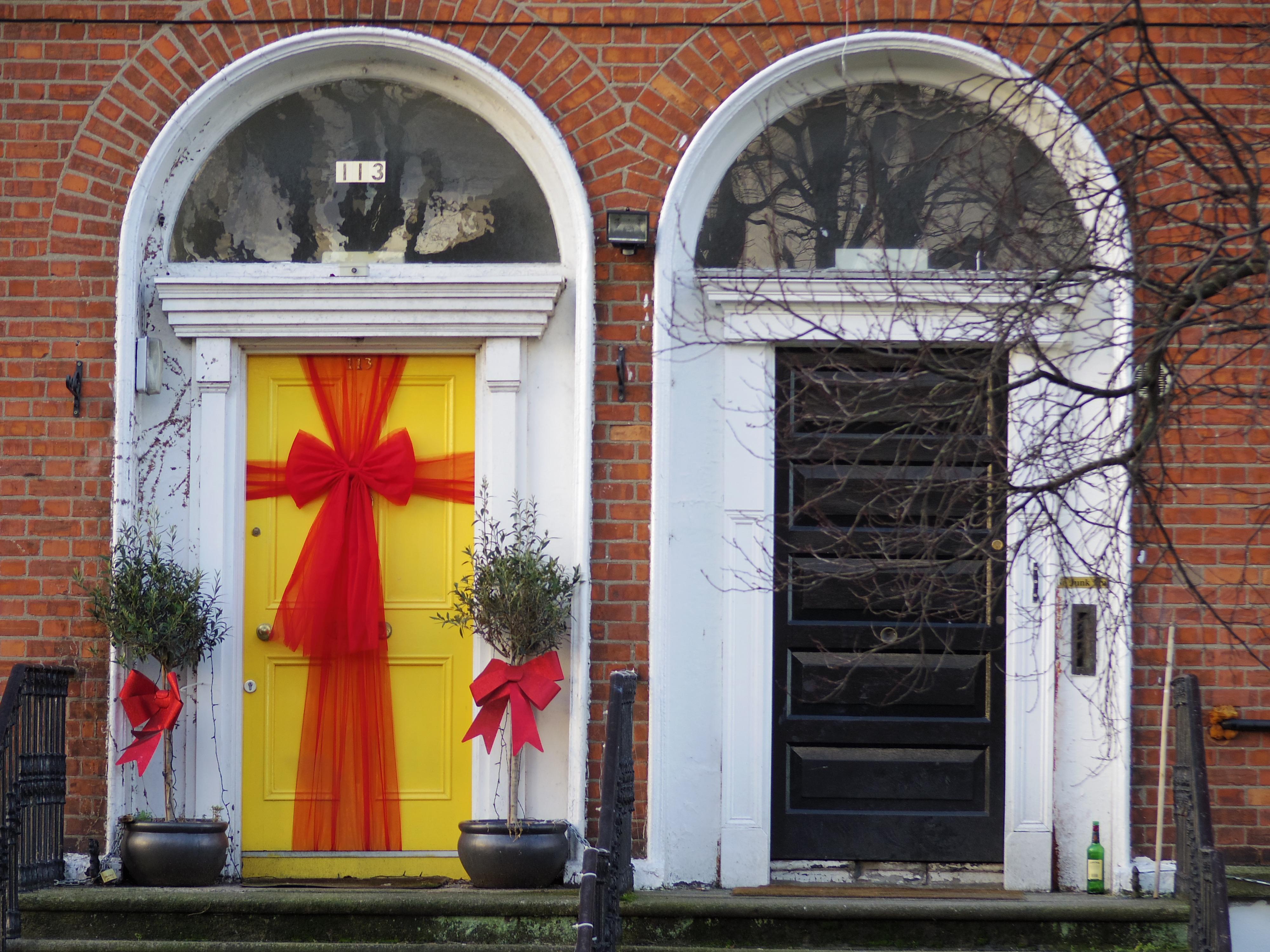 ダブリン街歩き。ドアがカラフルでかわいいんです。