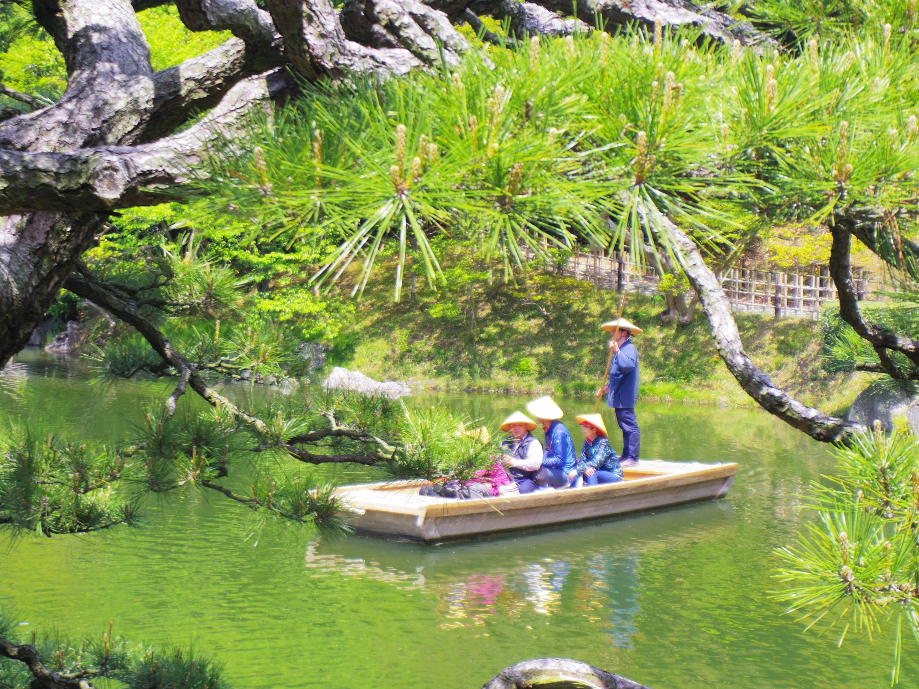 【日本プチ縦断 in 香川】うどんを食べて、栗林公園を歩いて、またうどんを食べる。